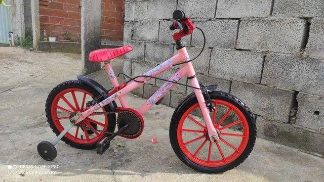 Vendo esta linda bicicleta infantil