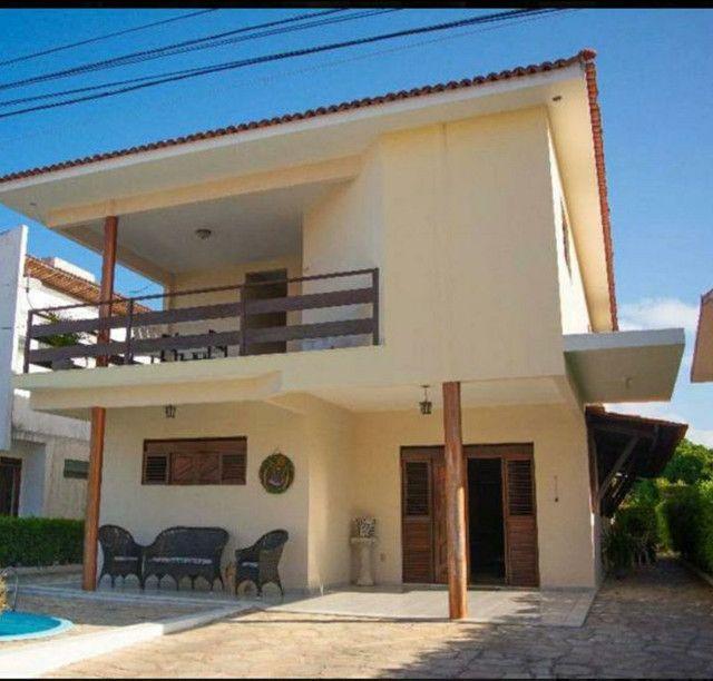 Vendo Casa Com 352 M2,  06 Qtos. Sendo 03 Suítes, Cabo Branco Privê.
