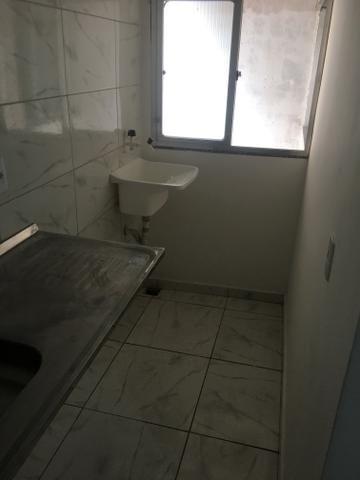 Apartamento quarto e sala pertinho do mar do Recreio - Foto 10