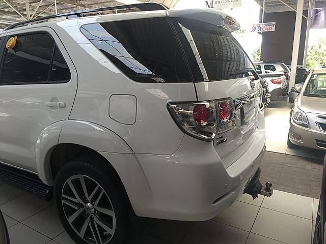 Toyota hilux sw4 2012/2013 3.0 srv 4x4 7 lugares 16v turbo intercooler diesel 4p automáti - Foto 6