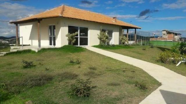 Lindas casas 02 qts quintal garagem ótima localização transporte na porta financiadas - Foto 18