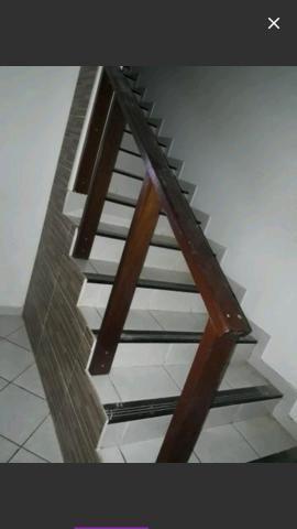 Corrimão escada em madeira perfeita