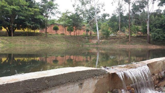 Chácara em Ubaporanga, 10 mil m², Represa, Casa. Valor: 290 mil