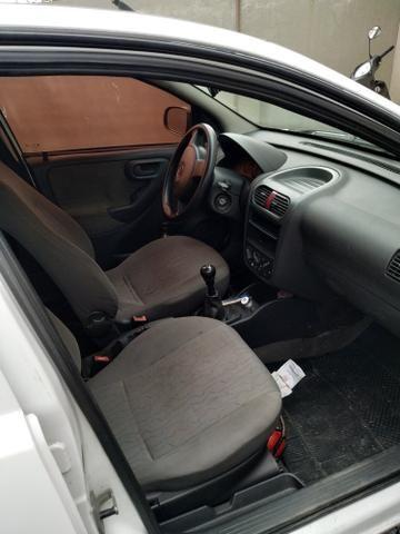 Corsa sedan max 1.8 - Foto 3