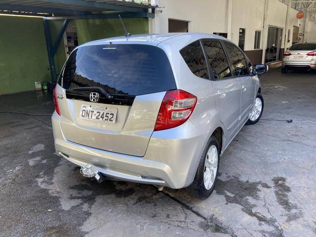 Honda Fit 2014 Lx 1.4 Automático Flex Pneus novos - Foto 4
