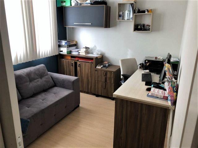 Apartamento 02 dormitórios sendo 01 suite c/ closet e hidro Região do Lago em Cascavel -PR - Foto 7