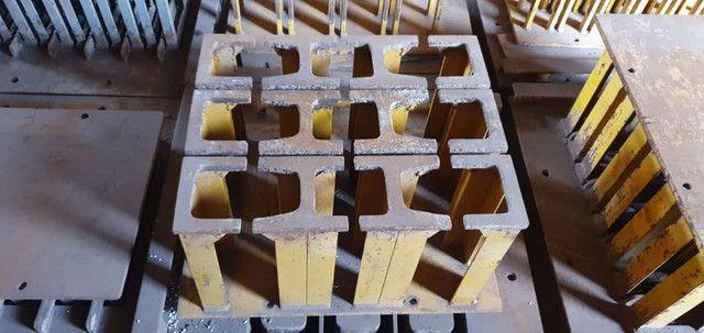 Máquina Fabricação De Blocos E Canaleta De Concreto Completa - Foto 5