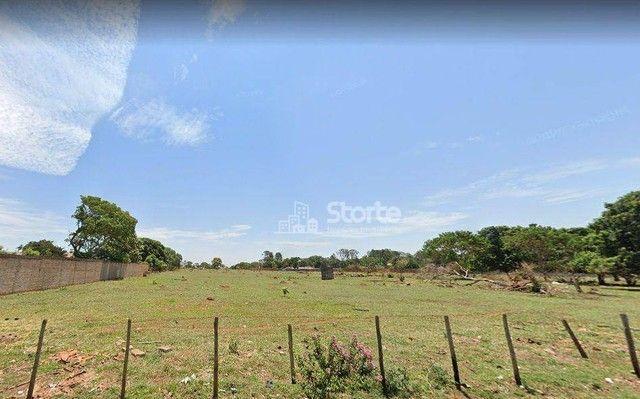 Terreno à venda, 806 m² por R$ 362.947,50 - Jardim Holanda - Uberlândia/MG
