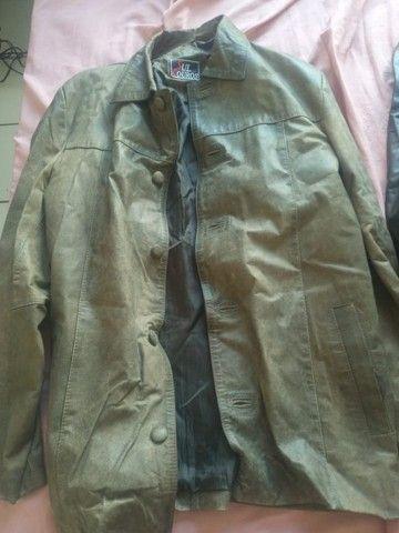 Blusa de Couro - Marron e outra Preta - Foto 4