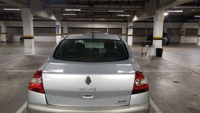 Megane Sedan Dynamique 2.0 16V Automático - Foto 2