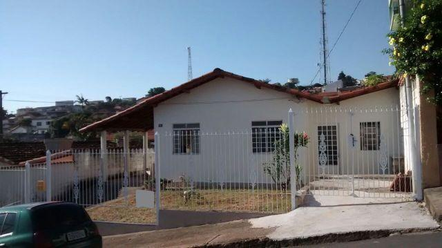 Casa em Pouso Alegre, Bairro Esplanada