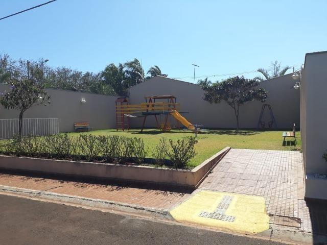 Aluga-se casa no Condomínio Safira na Vila Cristal com 3 quartos - Foto 6