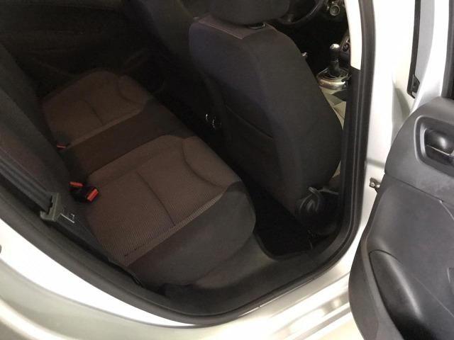Peugeot 308 Allure 2.0 flex 2013 avalio troca maior ou menor valor - Foto 4