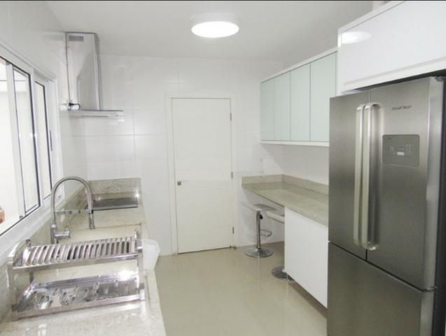 Sobrado triplex em condomínio, com ótimo padrão de acabamento - R$ 765.000,00 - Foto 7