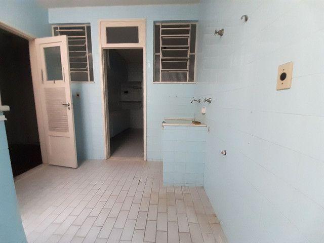 Rua Conselheiro Zenha, 03 dormitórios, juntinho a Praça Sãens Pena (Metrô) - Foto 14