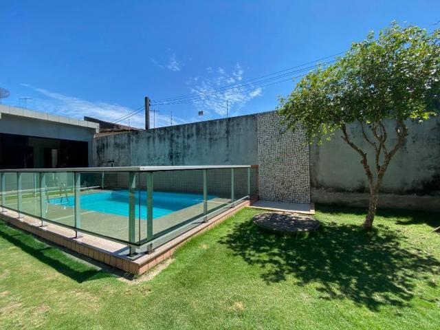 Casa na Rua Joaquim Fonseca - 300 m² - Próximo ao Shopping Castanheira - Foto 4