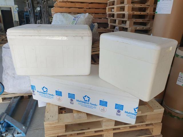 Isopores / Isopor / Caixa Térmica Semi Novas / Cooler