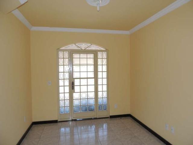 Apartamento para aluguel, 3 quartos, 1 suíte, 1 vaga, Maria Helena - Divinópolis/MG - Foto 2