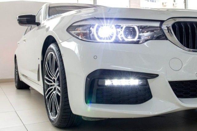 BMW 530E 2.0 Turbo iPerformance (Plug-in Hybrid) 2019  - Foto 13
