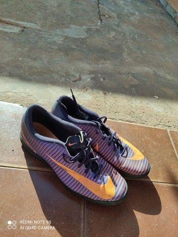 Vende-se chuteira Nike mercurialX (N°44) - Foto 4