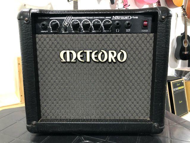 Amplificador para Estudar guitarra, Meteoro Nitrous Drive