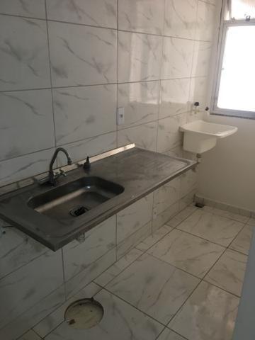 Apartamento quarto e sala pertinho do mar do Recreio - Foto 5