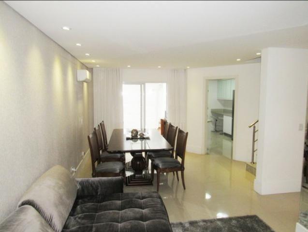 Sobrado triplex em condomínio, com ótimo padrão de acabamento - R$ 765.000,00 - Foto 4