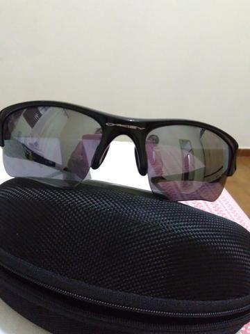 3ef658eb713ff Vende-se óculos OAKLEY - Bijouterias
