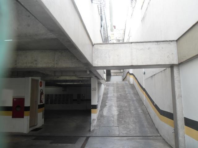 EXCELENTE E AMPLO 3 QUARTOS NO CAIÇARA - Foto 6