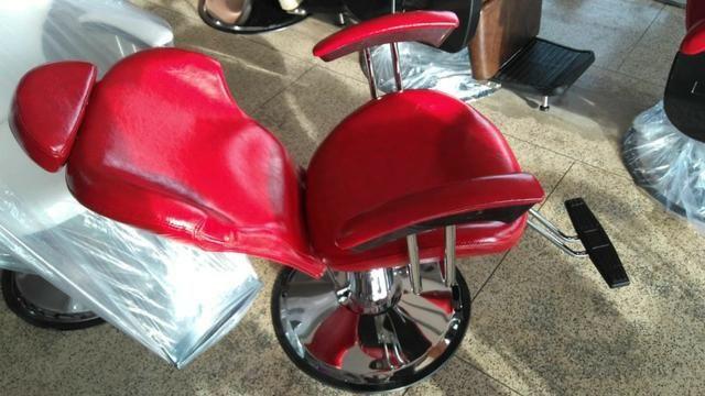 Cadeiras Tops na Promoção Reclinavel na Hot Bittes Cosméticos - Foto 2