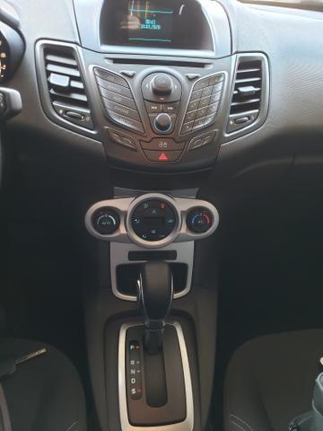 Ford Fiesta 1.6L SE Automático - Foto 9