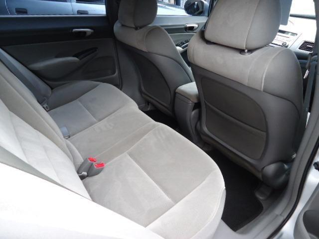 Honda civic lxs 1.8 flex 4p ano 2008 prata - Foto 9
