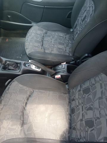Peugeot 207 IPVA 2020 pago peneu novo completo acc troccs - Foto 5