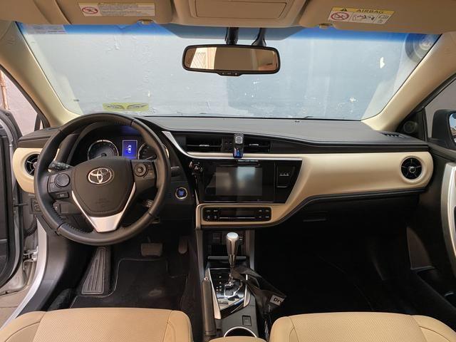 Corolla Altis 2.0 Flex Auto Multi-Drive S Prata 17/18 - Foto 4