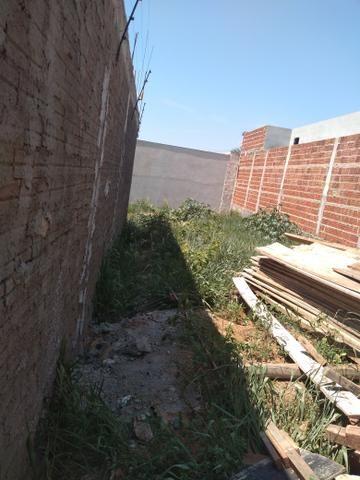 Meio terreno - Foto 2