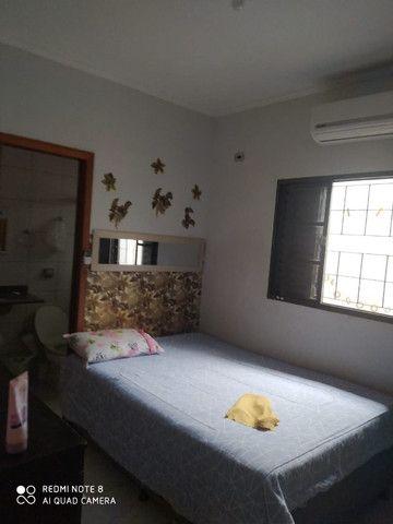 Casa 01 suite e 02 quartos terreno amplo com edícula - Foto 7