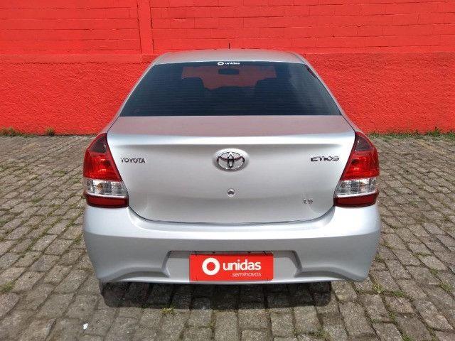 Etios 1.5 X Sedan 2020 Automático - Foto 7