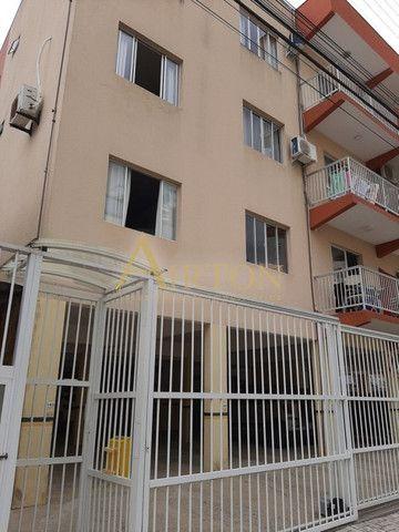 L1002 Apartamento de 1 dormitório centro de Meia Praia, 150 metros do mar - Foto 10
