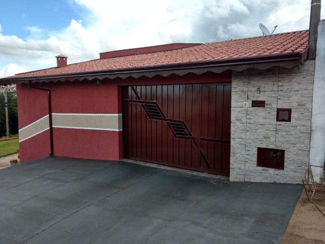 Vende se bela casa em Botucatu baixou para vender rápido Cambuí