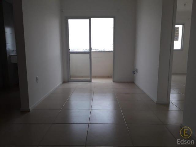 Apartamento para Venda em Palhoça, São Sebastião, 2 dormitórios, 1 banheiro, 1 vaga - Foto 2