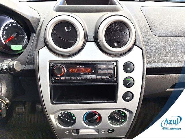 Ford Fiesta 1.6 MPI CLASS HATCH 8V FLEX 4P MANUAL - Foto 3