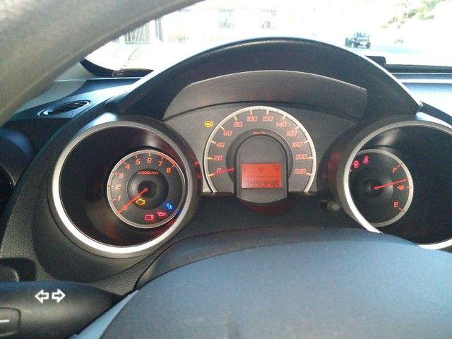 Honda fitty 2014 1.4 LX carro de procedência bxa km sem detalhes.  - Foto 5