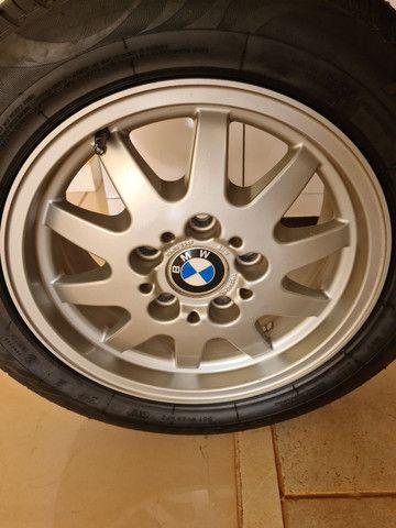 Roda original BMW com pneu novo - Foto 4