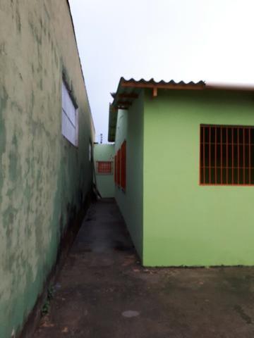 Aluga-se casa no loteamento Santo Afonso, bem localizada e rua asfaltada - Foto 3