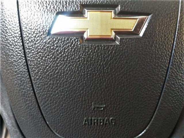 Gm - onix completo baixa km,1 dono,dh,ac,vte,air bag,dvd,estepe s/ uso,impecavel,placa a - Foto 4