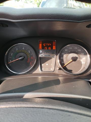 Renault clio expression 1.0 16v 4 portas completo 2013/2014 *único dono* placa i - Foto 12