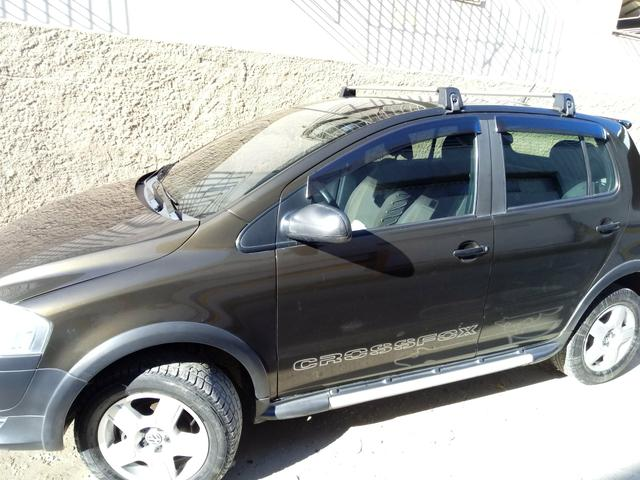Vendo vw cross fox ano 2008 ar gelando 2019 pago tudo ok