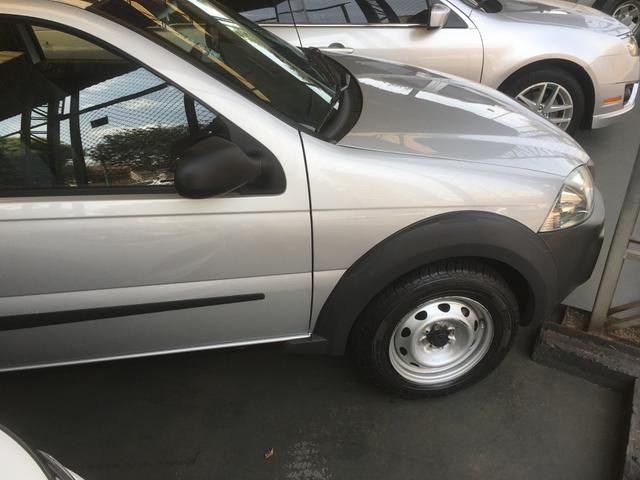 Fiat strada working 1.4 flex CS completo
