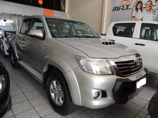 Toyota Hilux 3.0 SRV Cabine Dupla 4x4 Diesel 2014