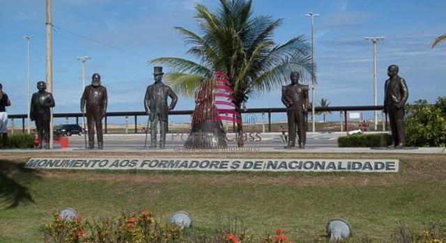 CÓD.: 1-026 Hotel na Atalaia c/3 pavimentos, 49 apartºs, a 200 metros da Beira da Praia - Foto 3
